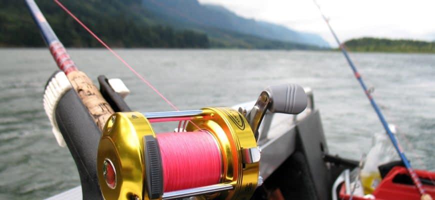 ловля троллингом на реке