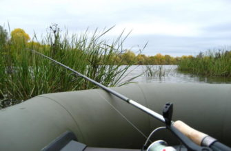 как ловить леща с лодки